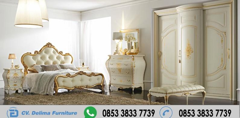 Set Tempat Tidur Klasik Ukiran Simpel