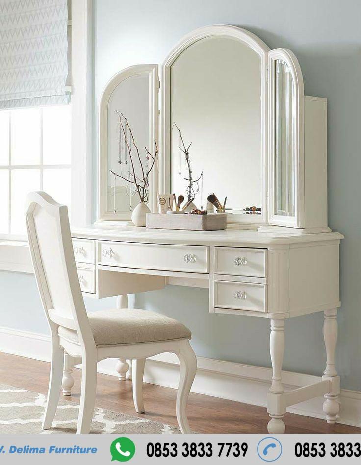 Meja Rias Modern Mewah Warna Putih