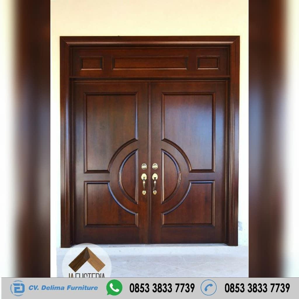 Kusen Pintu Rumah Jakarta